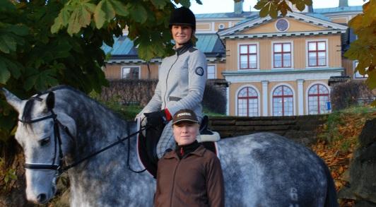 Hanna och Helena Slott_skalad